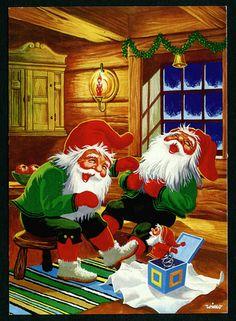 Tontuilla on hauskaa. Christmas Gnome, Vintage Christmas, Christmas Holidays, Christmas Cards, Elves And Fairies, Woodland Fairy, Merry Christmas Everyone, Leprechaun, Beautiful Christmas