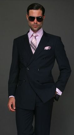 TZD-100 CLASSIC DOUBLE BREASTED SOLID COLOR NAVY MENS SUIT BY: TESSORI UOMO. SUPER 150'S EXTRA FINE ITALIAN WOOL HAND MADE