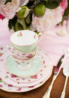 orchard inspiration 8 Baby Shower dinizio settembre in stile shabby chic Beautiful Baby Shower, Vintage China, Vintage Teacups, Alice, My Tea, High Tea, Afternoon Tea, Tea Time, Tea Party
