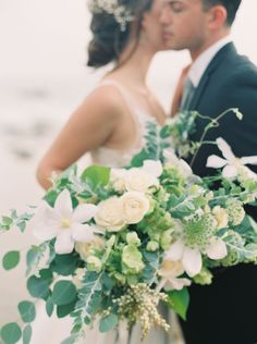 Romantic bouquet | Photography: Carolly Photography - http://www.carollyphoto.com  Read More: http://www.stylemepretty.com/california-weddings/2015/05/18/elegant-california-seaside-wedding-inspiration/