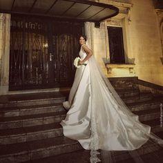 A linda Nadhia em seu casamento com Henri, na Capela do Sion e no @espacoiate