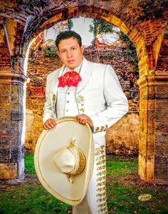 """Portada de mi 1er. Disco Voz & Sentimientos Enrique Haas Cominezos En La Música Méxicana 2002-2014 PORTADA DE MI 1er. DISCO """"SENTIMIENTOS CONTIGO"""" Google Fotos."""