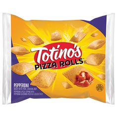 Discover Pepperoni and Bacon Pizza Rolls from Totino's, a delicious snack for those who love pizza. Make them in minutes using the micro, toaster or oven. Pizza Snacks, Meat Pizza, Bacon Pizza, Pizza Roll Bites, Yummy Snacks, Snack Recipes, Hot Snacks, Pizza Recipes, Healthy Recipes