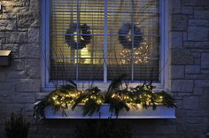 lighted window box