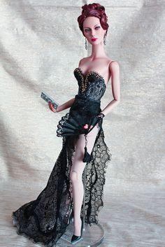 18845c5969527fdc253186b69d823a8c--living-dolls-fashion-black