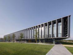 Невероятные офисные здания из разных стран мира http://kleinburd.ru/news/neveroyatnye-ofisnye-zdaniya-iz-raznyx-stran-mira/