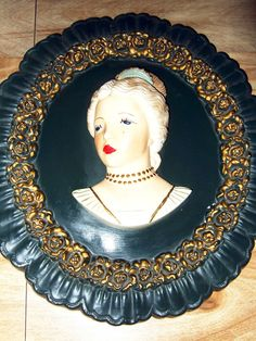 """Chalkware Plaster Victorian Lady Head Bust Oval Wall Hanging 16"""" Vintage Decor"""