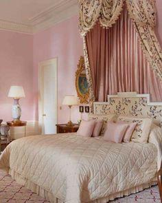 41 Brilliant Pink Bedroom Color Schemes Design Ideas For Your Lovely Daughter Pink Bedroom Walls, Pink Bedroom Decor, Romantic Bedroom Decor, Pink Bedrooms, Bedroom Colors, Bedroom Ideas, Master Bedroom, Shabby Bedroom, Bedroom Pictures