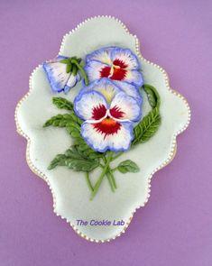 Trial on RI... Pansy Flowers - Amor Perfeito - Pensamnientos! by The Cookie Lab - Bolachas Decoradas Artesanais
