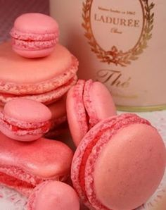 Marie Antoinette Macaroon and Tea collection