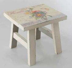 Taburete provenzal Decoupage, Chairs, Furniture, Home Decor, Scandinavian, Stools, Rustic Furniture, Couches, Rocking Chairs