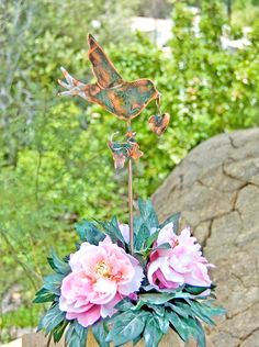 Bird Nature Outdoor Metal Garden Sculpture Yard Art Plant Stake / Copper Garden Art / Bird Lovers Gift