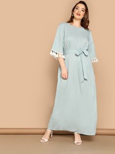 To find out about the Plus Tassel Cuff Belted Tunic Dress at SHEIN, part of our latest Plus Size Dresses ready to shop online today! Formal Dresses With Sleeves, Plus Size Maxi Dresses, Iranian Women Fashion, Natural Models, Natural Clothing, Fringe Dress, Casual Summer Dresses, Dress P, Types Of Sleeves