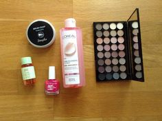Αγαπημένα Μαϊου 2017 | Beauty Notes by Athina Eyeshadow, Notes, Beauty, Eye Shadow, Report Cards, Eye Shadows, Notebook, Beauty Illustration