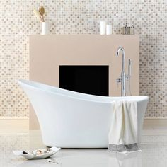 Harding Roll Top Bath - Now £499. www.victoriaplumb.com
