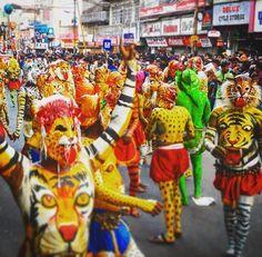 Pulikali in Onam 2016 -Kerala Festival https://www.youtube.com/watch?v=mO-odKjLByY