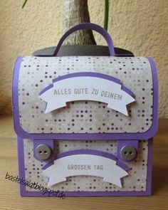 """""""Big"""" satchel made from a Cardstock Stampin & # Up! Source by angelagallert Mini Album Tutorial, Envelope Punch Board, Best Model, Big Shot, Stamping Up, Paper Cutting, Mini Albums, Diy Gifts, Cardmaking"""