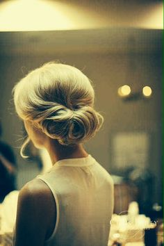 Simple. // updo
