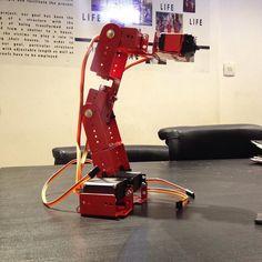 Baby is born and still work in progress tutors: Ali SheikholeslamiRouzbeh Sheikhha students: Hamed Rezaei Sahba Mansour Mehrzad Esmaeli Charkhab Raha Mohamadi #fabRobot #robot #roboticarm #arduino #arduinouno #arduinoboard #digitalfabrication #computationaldesig @syntho_lab by alish4039