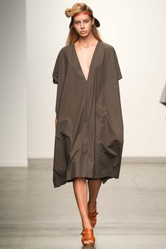 A Détacher New York - Spring Summer 2015 Ready-To-Wear - Shows - Vogue. 2015 Fashion Trends, Spring 2015 Fashion, 2015 Trends, Spring Summer 2015, Fashion Lookbook, Vogue, Couture, Spring Collection, Feminine Style