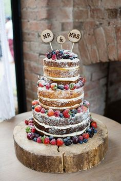 Naked Cake Sponge Fruit Layers Log Pretty Natural Floral Barn Wedding www.johast… Naked Cake Sponge Fruit Layers Log Pretty Natural Floral Barn Wedding www. Naked Wedding Cake, Berry Wedding Cake, Wedding Cake Photos, Floral Wedding Cakes, Wedding Cake Rustic, Wedding Cake Designs, Wedding Cake Toppers, Rustic Cake, Wood Wedding Decorations