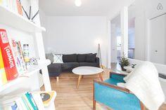 2020 - Logement entier à Trendy and cosy condo with 2 bedrooms, full kitcken, 2 balconies and plenty of light. Condo, Comfy Sofa, Blanket, Cool Stuff, Bedroom, Inspiration, Comfortable Couch, Biblical Inspiration, Bedrooms