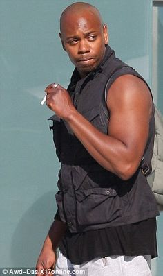 Dave Chappelle shows off his bulging biceps in a tank top - Chappelle (born Aug 1973 unknown time) has Sun conjunct Regulus, and Moon conjunct Sirius. Dave Chappelle Show, Foxy Brown Pam Grier, Chappelle's Show, Nicole Murphy, Witty Remarks, Michael Strahan, Steve Harvey, Creative Portraits, Justin Timberlake