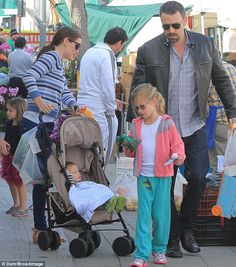 Farmer's market fresh! Ben Affleck and Jennifer Garner shopped the Brentwood farmer's market on Monday with their children in tow