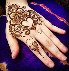 hearth and love theme mehndi design for back hand #mehndi #mehndidesign #henna #hennadesign #mehndidesignforhand