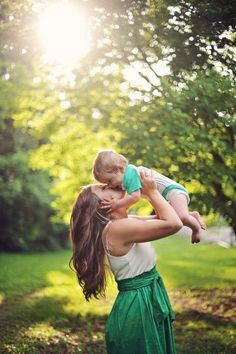 @Kelsey Myers Myers Myers Sander I want a picture like this with Nolan!!