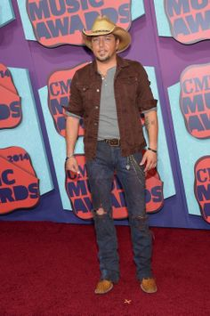 The country world arrived in style to the 2014 CMT Music Awards in Nashville, Tennessee. See photos of your favorite country music stars on the red carpet. Country Musicians, Country Artists, Country Singers, Redneck Romeo, Tim Bergling, Cole Swindell, Cmt Music Awards, Country Women, My Prince Charming