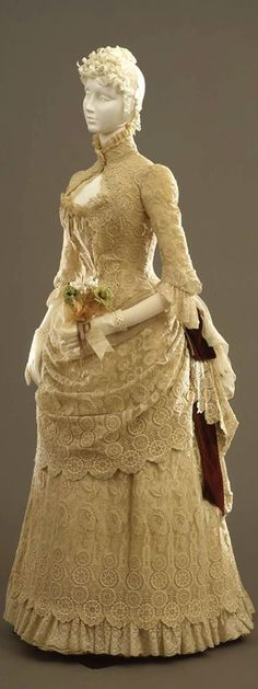 1884 Beautiful lace dress