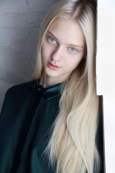 Nastya Kusakina (1996) is a Russian fashion model ⭐⭐⭐