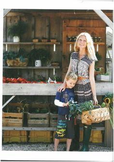 Gwyneth Paltrows Rezept für Gesundheit und gutes Aussehen - Die Schauspielerin macht nicht nur mit ihren Filmen Schlagzeilen, sondern auch mit ihren Ernährungs-Ratschlägen. Ihr neues Kochbuch ist nicht unumstritten. Mehr dazu hier: http://www.nachrichten.at/nachrichten/gesundheit/Gwyneth-Paltrows-Rezept-fuer-Gesundheit-und-gutes-Aussehen;art114,1492612 (Bild: Verlag)