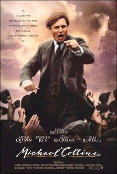 Michael Collins (1890-1922) fue un líder revolucionario irlandés que luchó encarnizadamente contra la ocupación inglesa de su patria. Con sus jóvenes pistoleros llevó a cabo una serie de sanguinarios atentados que generaron una no menos cruel represión