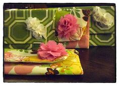 Mrs. Peep Toe's Sewing Clutches for the Ladies :  wedding bridesmaid gift diy gifts 8 8