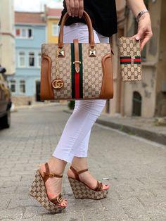 "New Gucci ""Not Bothered"" Wedge Sandal Handbag Wallet Set – louis vuitton shoe women Gucci Handbag Men, Gucci Purses, Gucci Handbags, Gucci Shoes, Handbags Online, Designer Purses And Handbags, Versace Shoes, Popular Handbags, Gucci Fashion"