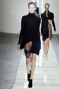 Preen by Thornton Bregazzi   Fall 2010 Ready-to-Wear Collection  