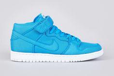 """Image of Nike SB Dunk Mid Pro """"Photo Blue"""""""