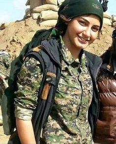 Kurdish lioness-YPJ fighter-Rojava-Kurdistan-Ocalan