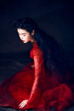... these gorgeous images feature model Zhang Xin Yuan, wearing a beautiful Valentino dress   .. photographed by Wang Feng -  dustjacket attic