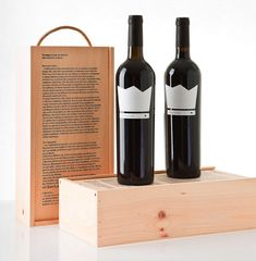 Naked King Wine has a very conceptual label, with the bottle wearing nothing but a crown. The Coolist. #EasyPin
