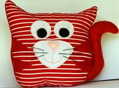 Polkadot Lane: Whimsy & Light Handmade - Softie Give-away Cat Crafts, Sewing Crafts, Sewing Projects, Sewing Pillows, Diy Pillows, Owl Cat, Small Cushions, Cat Cushion, Reading Pillow