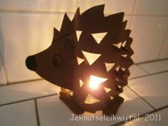 Egel Diy For Kids, Crafts For Kids, Arts And Crafts, Paper Crafts, Hedgehog Craft, Woodland Creatures, Bat Signal, Fall Crafts, Fall Halloween