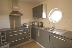 2 bed flat to rent in Victoria Wharf, Watkiss Way
