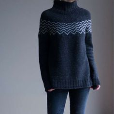 Ravelry: Monochrome Pullover pattern by Katrin Schneider Raglan Pullover, Version Francaise, How To Purl Knit, Fair Isle Knitting, Cowl Scarf, Schneider, Knitting Projects, Lana, Knitwear