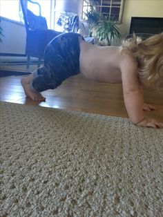 Who knew this little had the strength for Planks. Baby Workout, Planks, Shag Rug, Exercises, Strength, Home Decor, Shaggy Rug, Homemade Home Decor, Exercise Routines