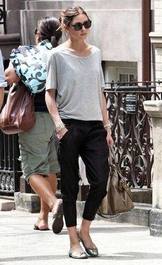 Grey t-shirt, black cropped pants, flats.