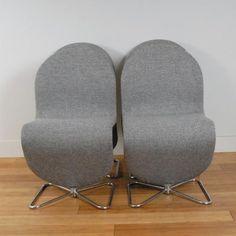 - Verner Panton chairs designed for Fritz Hansen - Model 123 upholstered with fabric - From Norwegian manufacturer Gudbransdalen Ullvarer fabrikk Vadal Uni - Frame in chromed steel marked on base FH Fritz Hansen 1978 - Base shaped as a butterfly