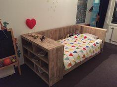 Home Aquarium, Kidsroom, Kids Bedroom, Man Cave, Diy Furniture, Toddler Bed, Wood Projects, House, Home Decor